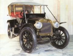первый серийный автомобиль