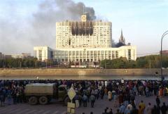 protivostoyanie-parlamenta-i-prezidenta-v-moskve
